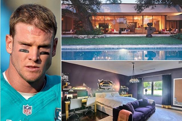 Ryan Tannehill – Fort Lauderdale